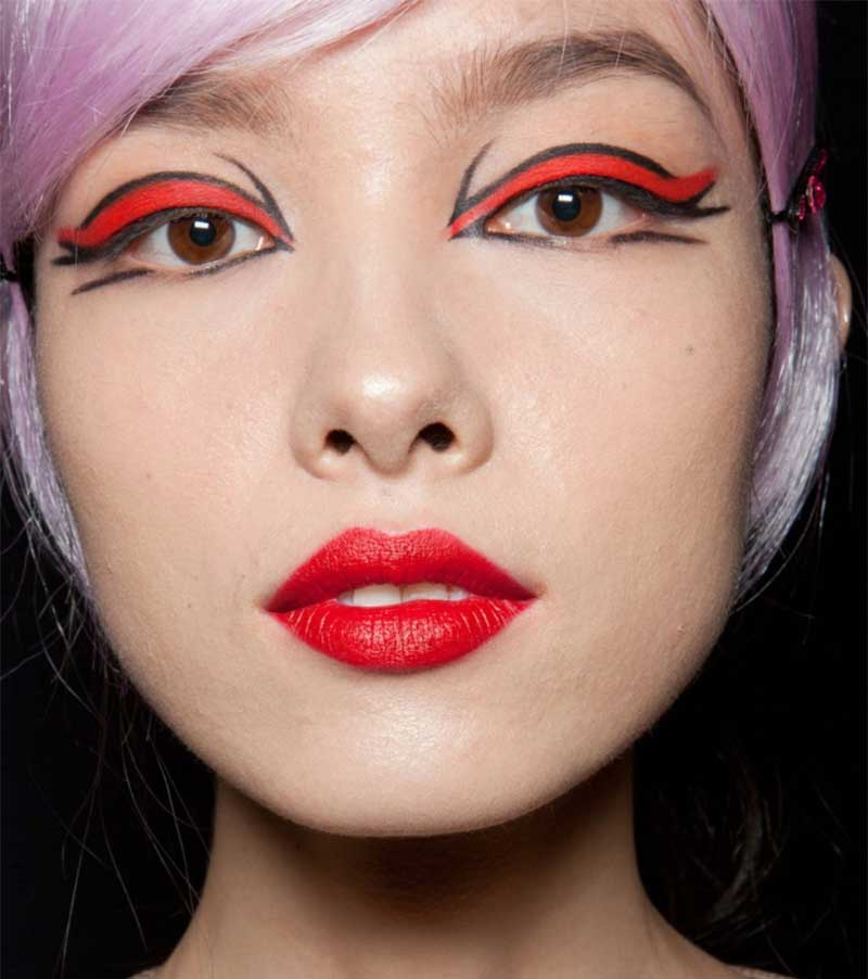 anna_sui_makeup_look_2012
